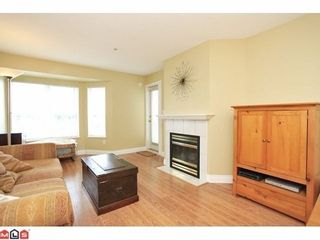 Photo 2: 409 12160 80TH Ave in Surrey: West Newton Home for sale ()  : MLS®# F1213589