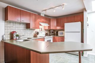 "Photo 3: A220 2099 LOUGHEED Highway in Port Coquitlam: Glenwood PQ Condo for sale in ""SHAUGHNESSY SQUARE"" : MLS®# R2177360"