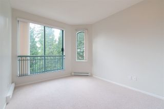 "Photo 19: 404 1725 MARTIN Drive in Surrey: Sunnyside Park Surrey Condo for sale in ""Southwynd"" (South Surrey White Rock)  : MLS®# R2337551"