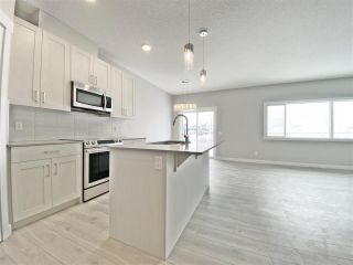 Photo 5: 30 JUNEAU WY: St. Albert House Half Duplex for sale : MLS®# E4185074