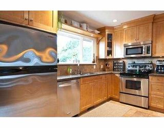 """Photo 3: 3700 ROYALMORE Avenue in Richmond: Seafair House for sale in """"MOORES"""" : MLS®# V804841"""