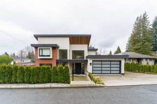 Main Photo: 955 FOREST HILLS Drive in North Vancouver: Edgemont House for sale : MLS®# R2556802