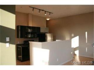 Photo 9: 219 829 Goldstream Ave in VICTORIA: La Langford Proper Condo for sale (Langford)  : MLS®# 483527