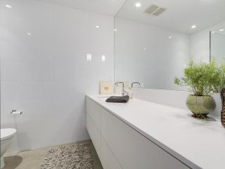 """Photo 18: 1887 W 2ND Avenue in Vancouver: Kitsilano Townhouse for sale in """"Blanc"""" (Vancouver West)  : MLS®# R2164681"""