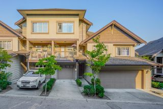 """Photo 1: 18 6238 192 Street in Surrey: Cloverdale BC Townhouse for sale in """"BAKERVIEW TERRACE"""" (Cloverdale)  : MLS®# R2602232"""