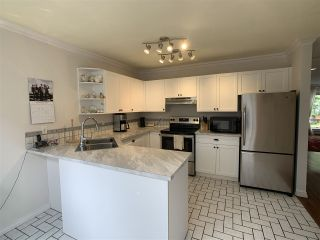 """Photo 18: 5 1552 EVERALL Street: White Rock Townhouse for sale in """"Everall Court"""" (South Surrey White Rock)  : MLS®# R2510712"""