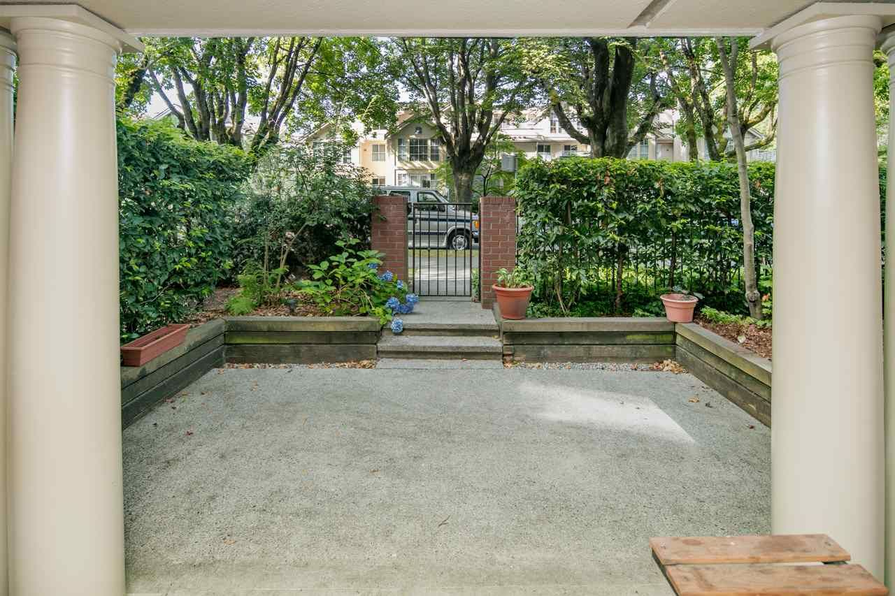 Photo 16: Photos: 109 628 W 13TH AVENUE in Vancouver: Fairview VW Condo for sale (Vancouver West)  : MLS®# R2205140