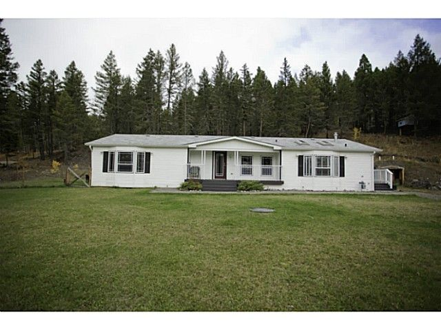 Main Photo: 3003 FERGUSON Road: 150 Mile House Manufactured Home for sale (Williams Lake (Zone 27))  : MLS®# N231523