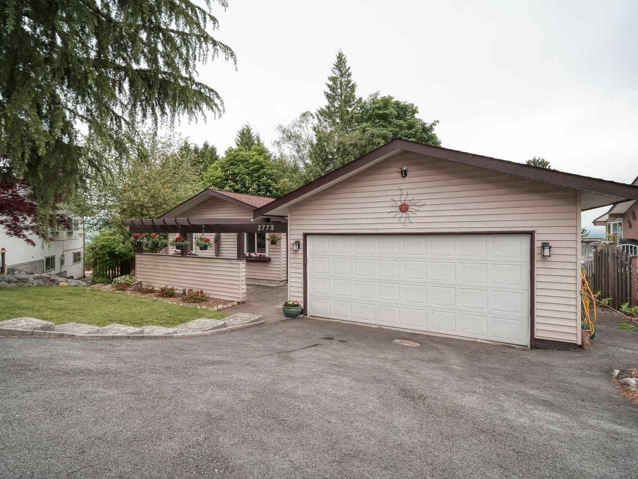 Main Photo: 2773 DAYBREAK Avenue in Coquitlam: Ranch Park House for sale : MLS®# R2457912