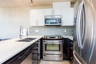 """Photo 4: 502 2689 KINGSWAY in Vancouver: Collingwood VE Condo for sale in """"SKYWAY TOWER"""" (Vancouver East)  : MLS®# R2355485"""
