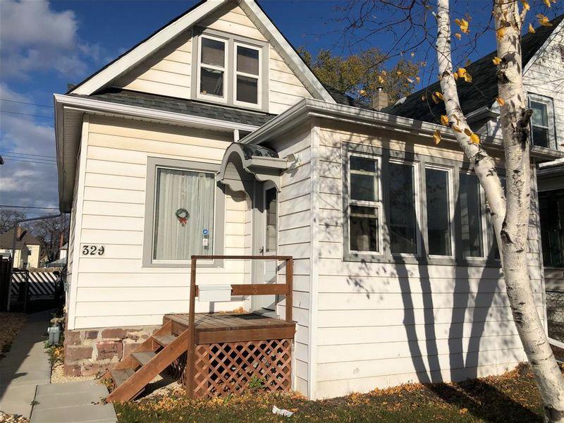 FEATURED LISTING: 329 Polson Avenue Winnipeg