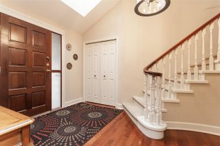 """Photo 3: 3 1620 148 Street in Surrey: Sunnyside Park Surrey Townhouse for sale in """"ENGLESEA COURT"""" (South Surrey White Rock)  : MLS®# R2429994"""
