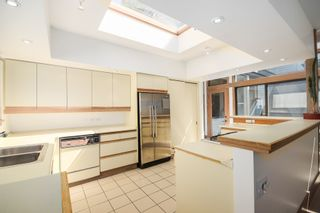 Photo 12: 3751 West 51st Ave in Vancouver: Home for sale : MLS®# V1066285