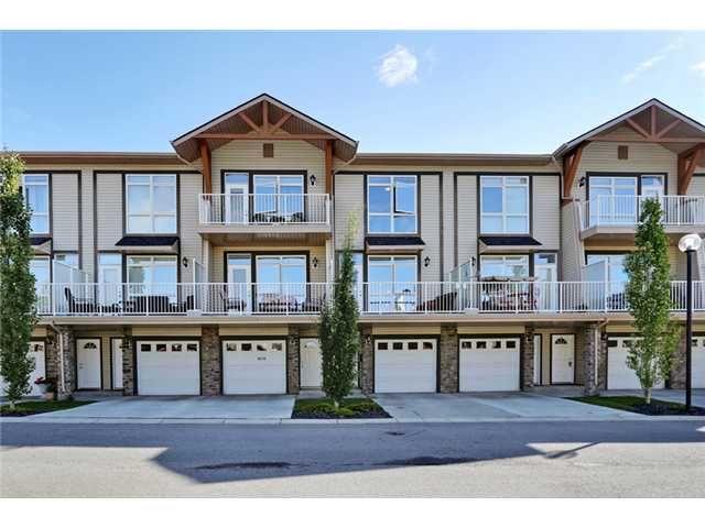 Main Photo: 6 156 ROCKYLEDGE View NW in CALGARY: Rocky Ridge Ranch Townhouse for sale (Calgary)  : MLS®# C3625549