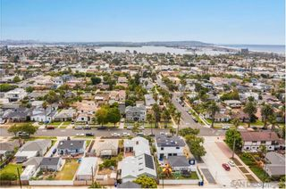 Photo 31: PACIFIC BEACH House for sale : 4 bedrooms : 1212 Diamond St. in San Diego