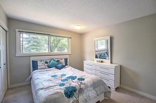 Photo 11: 6 Varslea Place NW in Calgary: Varsity Detached for sale : MLS®# A1149827