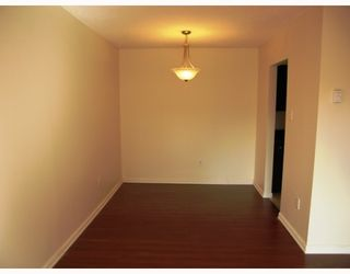 """Photo 3: 103 8180 COLONIAL Drive in Richmond: Boyd Park Townhouse for sale in """"CHERRY TREE PLACE"""" : MLS®# V787697"""
