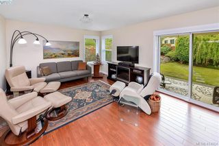 Photo 13: 1179 Sunnybank Crt in VICTORIA: SE Sunnymead House for sale (Saanich East)  : MLS®# 821175