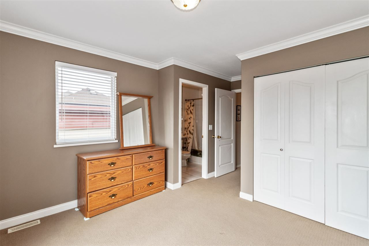 Photo 13: Photos: 337 E 5TH Street in North Vancouver: Lower Lonsdale 1/2 Duplex for sale : MLS®# R2544809