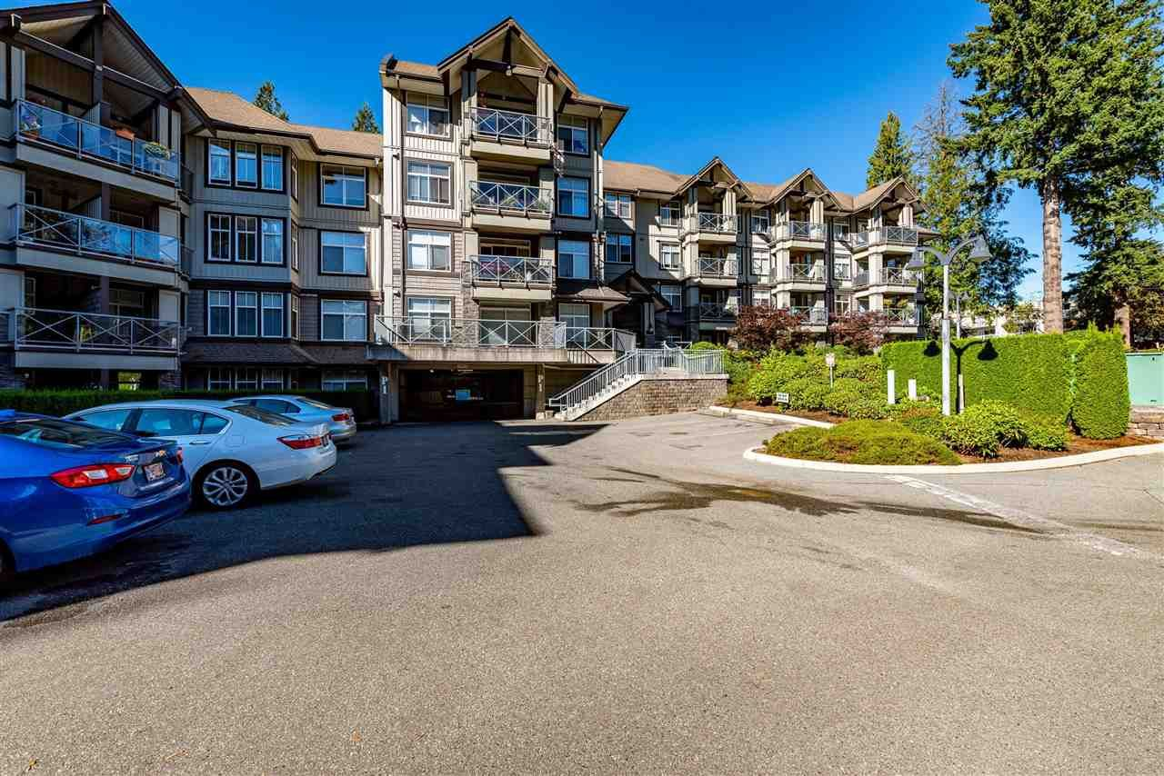"""Photo 26: Photos: 309 33318 E BOURQUIN Crescent in Abbotsford: Central Abbotsford Condo for sale in """"NATURES GATE"""" : MLS®# R2530844"""