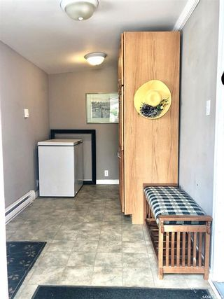 Photo 10: 930 Henry Street in Estevan: Hillside Residential for sale : MLS®# SK825774