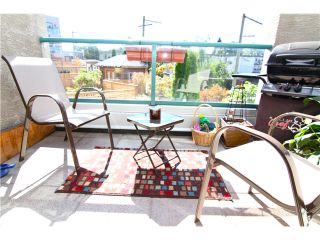"""Photo 7: 210 3131 MAIN Street in Vancouver: Mount Pleasant VE Condo for sale in """"CARTIER PLACE"""" (Vancouver East)  : MLS®# V972221"""