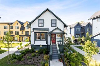"""Photo 1: 2661 E 43RD Avenue in Vancouver: Killarney VE Townhouse for sale in """"Avalon Mews"""" (Vancouver East)  : MLS®# R2382549"""