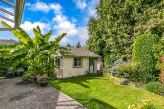 """Photo 17: 12379 SOUTHPARK Crescent in Surrey: Panorama Ridge House for sale in """"Boundary Park"""" : MLS®# R2306272"""