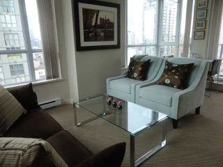 "Photo 4: 1202 1212 HOWE Street in Vancouver: Downtown VW Condo for sale in ""1212 HOWE"" (Vancouver West)  : MLS®# V941923"