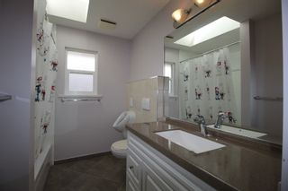"""Photo 14: 22329 47 Avenue in Langley: Murrayville House for sale in """"Murrayville"""" : MLS®# R2201488"""