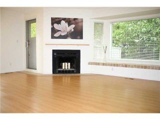 """Photo 2: 3103 SADDLE Lane in Vancouver: Champlain Heights Townhouse for sale in """"HUNTINGWOOD"""" (Vancouver East)  : MLS®# V915417"""