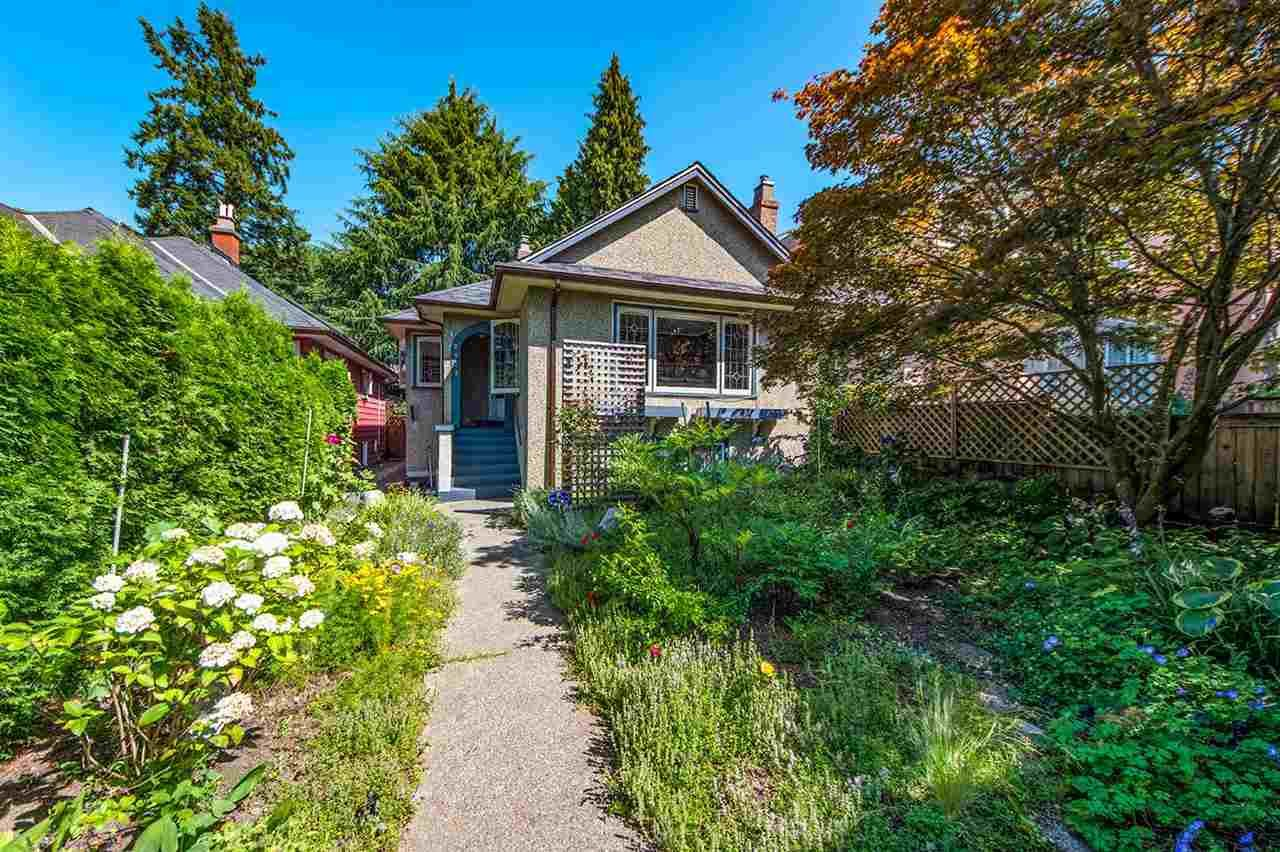 Main Photo: 2923 W 33RD AVENUE in Vancouver: MacKenzie Heights House for sale (Vancouver West)  : MLS®# R2420587