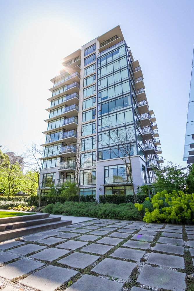 Main Photo: 1201 5955 BALSAM Street in Vancouver West: Home for sale : MLS®# V1035155