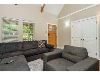 """Photo 11: 43573 RED HAWK Pass: Lindell Beach House for sale in """"The Cottages at Cultus Lake"""" (Cultus Lake)  : MLS®# R2477513"""
