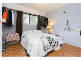 "Photo 14: 18110 58A Avenue in Surrey: Cloverdale BC House for sale in ""CLOVERDALE"" (Cloverdale)  : MLS®# F1437527"