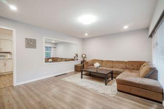 Photo 2: 8196 164 Avenue in Surrey: Fleetwood Tynehead House for sale : MLS®# R2524254
