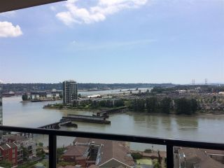 "Photo 3: 1905 1 RENAISSANCE Square in New Westminster: Quay Condo for sale in ""THE Q"" : MLS®# R2380935"