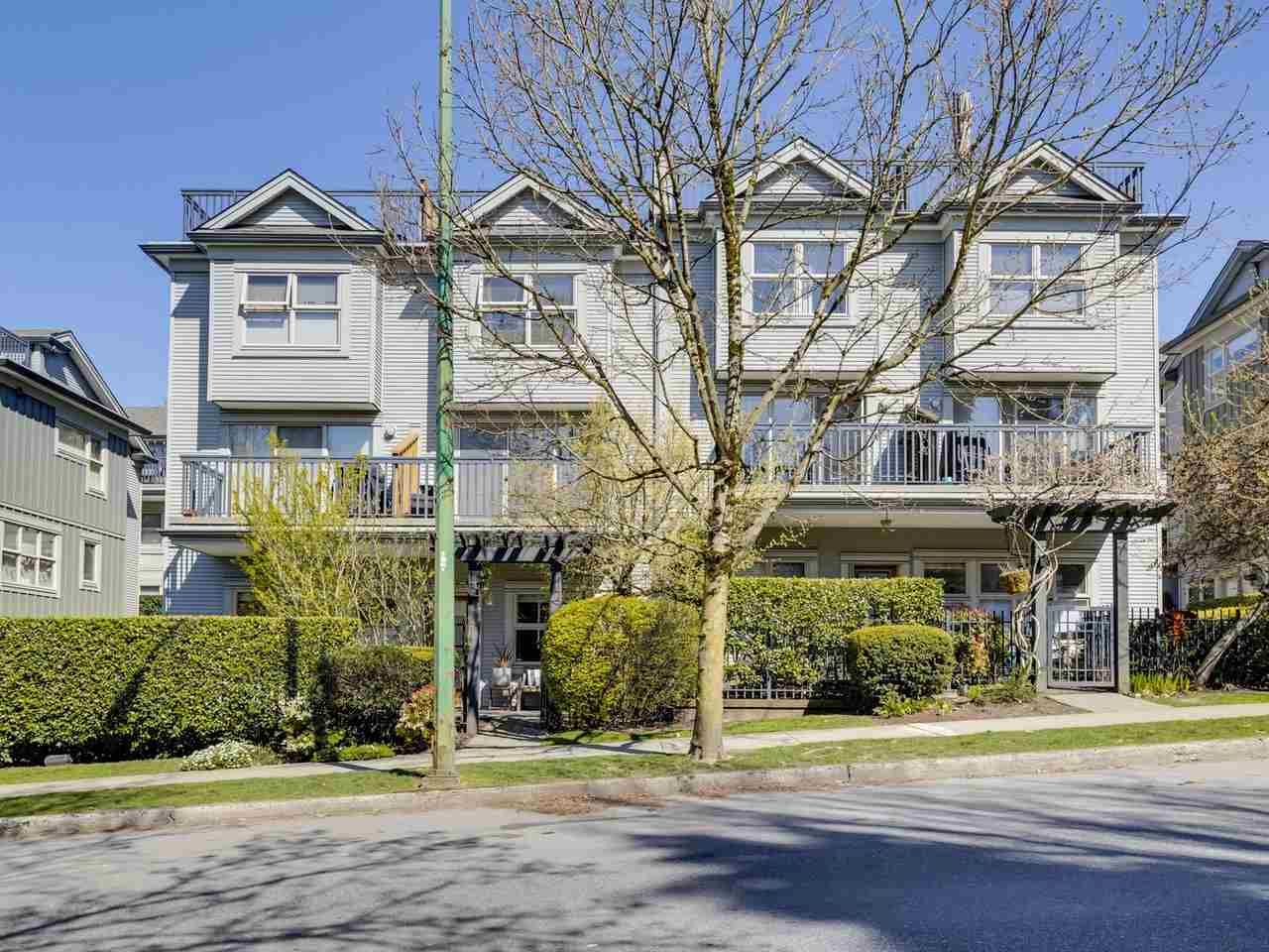 "Main Photo: 5 3855 PENDER Street in Burnaby: Willingdon Heights Townhouse for sale in ""ALTURA"" (Burnaby North)  : MLS®# R2565997"