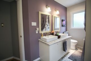 Photo 12: 5 Bedroom Transcona home beautifully upgraded!