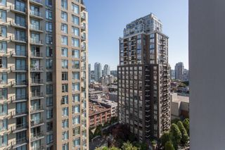"Photo 12: 1605 1010 RICHARDS Street in Vancouver: Yaletown Condo for sale in ""The Gallery"" (Vancouver West)  : MLS®# R2487473"