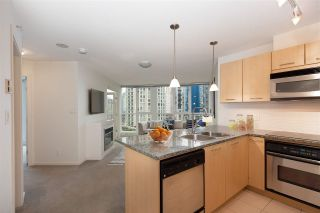 "Photo 6: 706 1199 SEYMOUR Street in Vancouver: Downtown VW Condo for sale in ""BRAVA"" (Vancouver West)  : MLS®# R2531853"