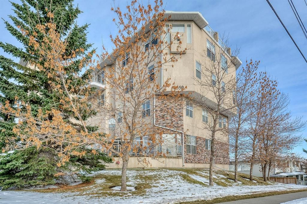 Main Photo: 114 6550 Old Banff Coach Road SW in Calgary: Patterson Apartment for sale : MLS®# A1045271