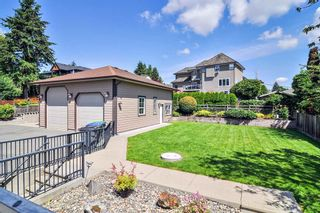 Photo 27: 19075 60B Avenue in Surrey: Cloverdale BC House for sale (Cloverdale)  : MLS®# R2475038