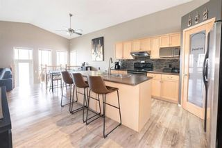 Photo 4: 72 Wisteria Way in Winnipeg: Riverbend Residential for sale (4E)  : MLS®# 202111218