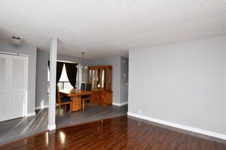 Photo 5: 136 Edgedale Way NW in Calgary: Edgemont Detached for sale : MLS®# A1074710