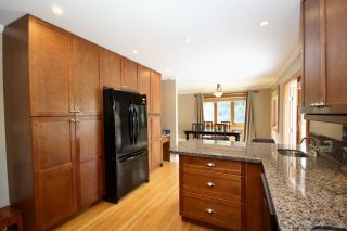Photo 6: 5235 11 Avenue in Delta: Tsawwassen Central House for sale (Tsawwassen)  : MLS®# R2475558