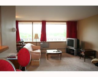 Photo 3:  in WINNIPEG: Fort Rouge / Crescentwood / Riverview Condominium for sale (South Winnipeg)  : MLS®# 2915624