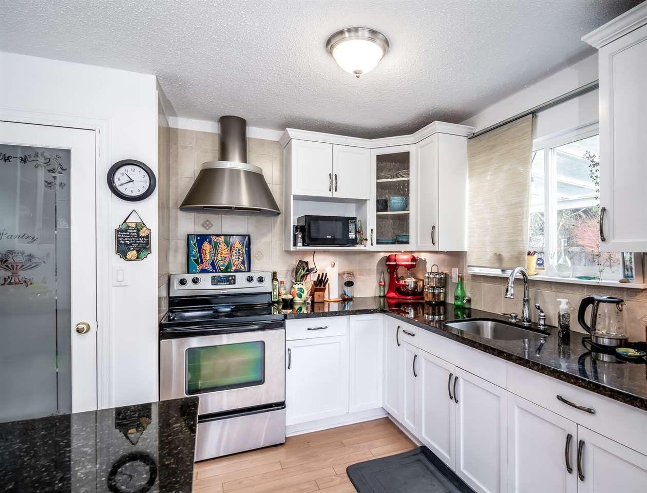 Main Photo: 21075 122 Avenue in Maple Ridge: Northwest Maple Ridge House for sale : MLS®# R2534001