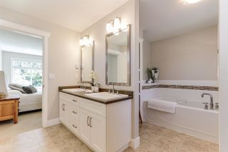 """Photo 23: 32 15454 32 Avenue in Surrey: Grandview Surrey Townhouse for sale in """"Nuvo"""" (South Surrey White Rock)  : MLS®# R2454547"""