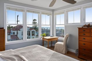 Photo 20: POINT LOMA House for sale : 5 bedrooms : 4483 Adair St in San Diego